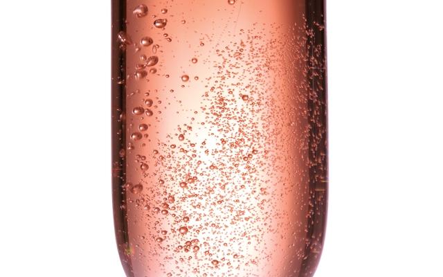 Top 10 : Rosé Coloured Fizz