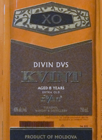 Kvint Divin DVS Aged 8 Years Extra Oldtext