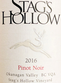 Stag's Hollow Pinot Noir Stag's Hollow Vineyardtext