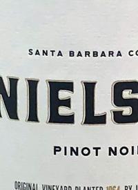 Nielson Pinot Noirtext